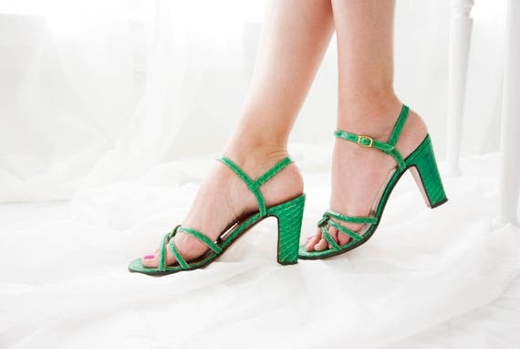 Vintage green reptile heels, 1950s leather shoes, strappy buckle sandals, open-toe, snake alligator, pin-up, Italy 6