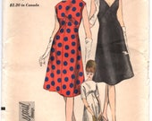 "1960's Vogue Special Design Mod Sheath Dress with V neck, Wide, High neck Pattern - Bust 34"" - UC/FF - No. 6167"
