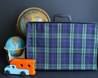 Vintage Collapsible Suitcase Green and Blue Tartan Plaid Luggage