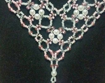 Pink and White Pearl Tear Drop Beaded Necklace
