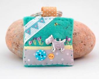 little dog keyring, hand sewn dog gift, scottie lover gift, westie lover gift, mothers day dog gift, unique dog keyring, dog bunting bee