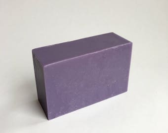 Lavender Soap with Moisturizing Coconut Oil and Goats Milk, for all skin types