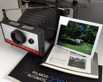Polaroid 220 Land Camera, tested, working new battery