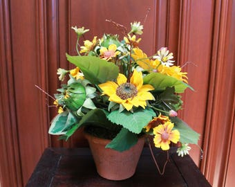 Silk Floral Arrangement - Mini Sunflower (F17-1)