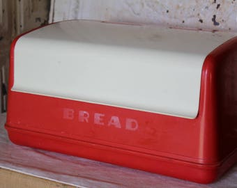 Lustro Ware Red & White Bread Box, Vintage Retro Kitchen