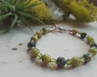 Peridot Bracelet, August Birthstone Jewelry, Peridot Stone Jewelry, Green Stone Bracelet, Peridot Crystal Bracelet, Peridot Bangle, Peridot