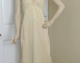1970s Vanity Fair Beige Full or Whole Slip or Petticoat, Size 36 Tall, Nylon Antron III, Button & Lace, Vintage Clothing, Vintage Lingerie