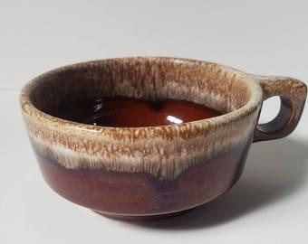 Vintage Hull Brown Drip soup bowl/oversize coffee mug with D-handle. Iconic brown drip glaze.