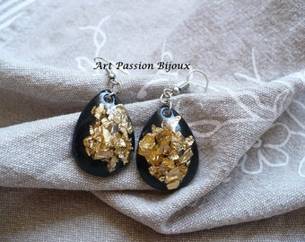 Golden metal leaf, resin earrings, gold leaf effect, black and gold jewelry, ecological resin, 15% off ship, made in Italy