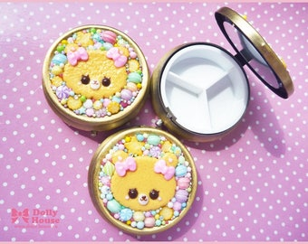 Pill / Candy case with a mirror by Dolly House