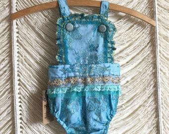6-12m Vintage lace romper