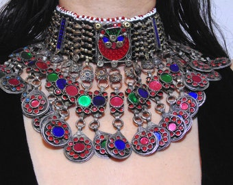 N9323 - Beautiful Vintage Kuchi Choker Excellent Condition - Belly Dance Ethnic Statement Necklace Boho Gypsy