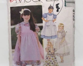 McCalls 8123 Easy Girls Dress and Pinafore UNCUT