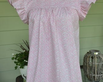 Women's top the Low Country top in mini flowers Xsmall ONLY custom made by Collyn Raye