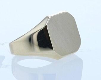 Vintage Gold Signet Ring