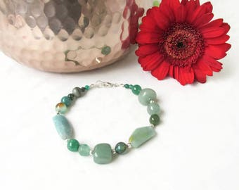 Green gemstone bracelet, moss agate, green onyx, mixed green semi precious gemstones, beaded bracelet, gift for her, Handmade in the UK