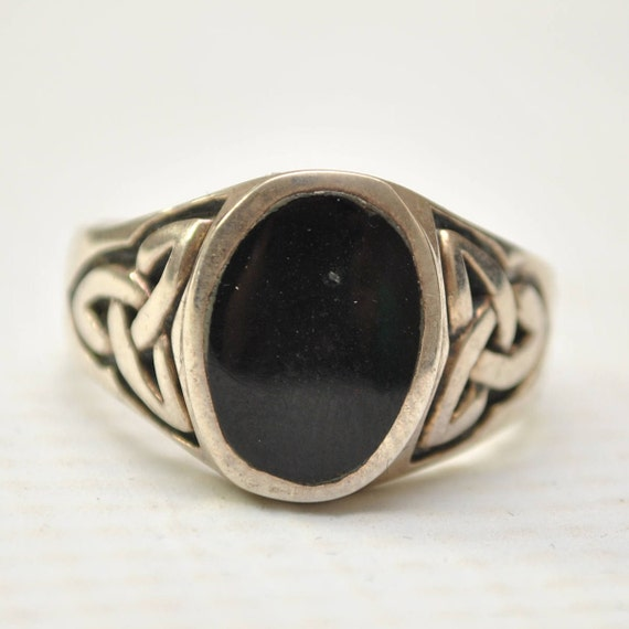 Onyx Oval Stone in Celtic Symbol Sterling Silver Ring Sz 11 #6690