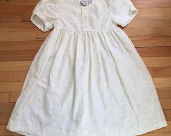 Vintage 1990s Girls Floral Eyelet Lace Dress! Size 7-8