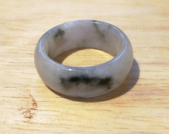 Jadeite ring band 翡翠 icy white and black grade A