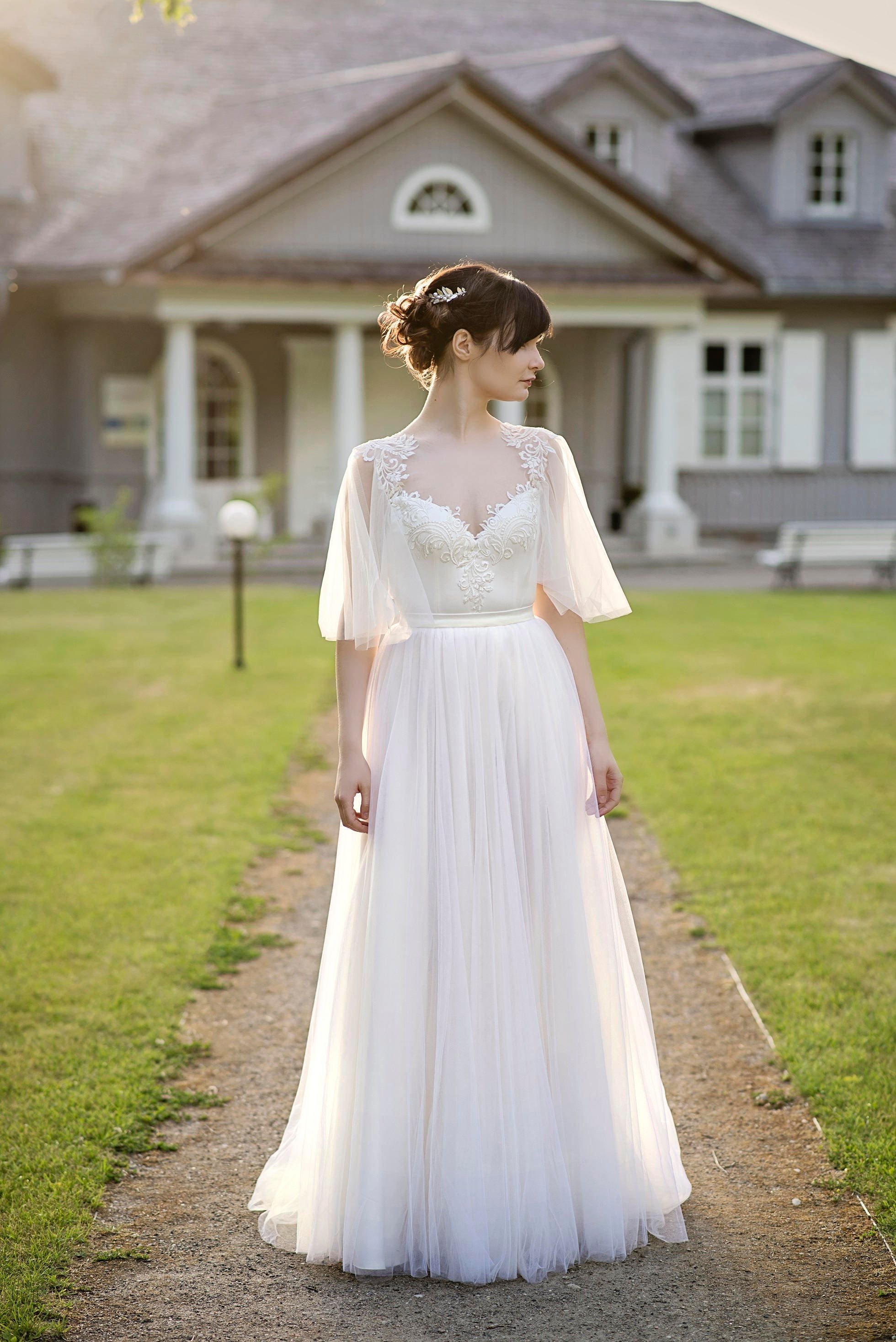 Grace flutter sleeve wedding dress for Flutter sleeve wedding dress