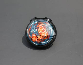 Fire and ice hollow chaos wig wag pendant