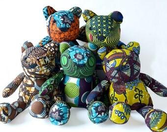 Ours en patchwork de coton wax Africain ton de bleu, teddy wax petit modèle, ourson, doudou, décoration chambre d'enfant, cadeau de noel