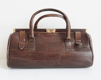 Brown 60s Vintage Leather Top Handle Bag // Golden Closure