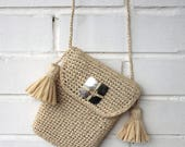 Crochet cross body bag, Raffia bag, Straw bag, Iphone case pouch, Cell phone purse, Festival shoulder bag, Small crossbody bag, Tassel purse