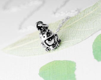 Frog Prince Necklace, Magical Necklace, Gift for her, Animal Jewellery, Fairytale, Quirky Jewellery, Nature Inspired, Frog Necklace, Frog