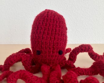 Chunky knit octopus (customizable!)