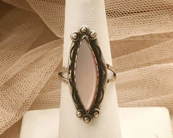 Vintage Pink Mother of Pearl Southwestern Statement Sterling Silver Ring