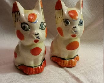 Outlandish Cats Vintage Salt & Pepper Set