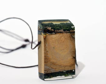 Resin wood jewelry,Resin wood necklace,Resin wood pendant,Epoxy jewelry,Unusual necklaces,Wood epoxy jewelry,Boho wood necklace, wood art