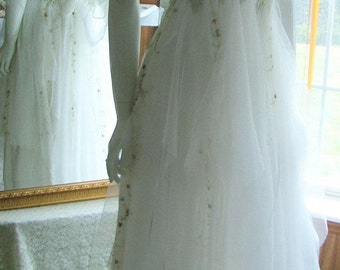 Size 2 - 8. White and green woodland shabby chic tattered ragged bohemian etheral barn outdoor wedding dress