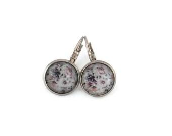 Sleepers cabochons - stem stainless steel - glass 12 mm - grey earring - flowers - hypoallergenic / Flowers earrings