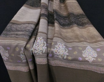 Pashmina Shawl Jali Pal Dar Embroidery