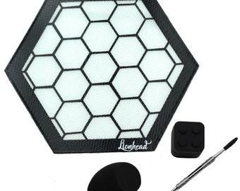 "Dabbing Mat - 8"" Silicone Mat + 5"" Dab Tool + 7ml Container + Sponge - Honeycomb"