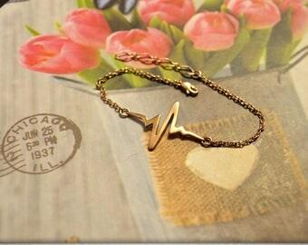 Gold EKG bracelet Heartbeat bracelet Ekg jewelry Heartbeat jewelry Medical gift Gift for doctor Gift for nurse Nurse jewelry MD gift Nurse