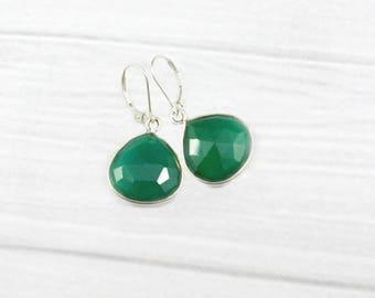 Emerald Earrings, Minimalist Earrings, Stone Earrings, Drop Earrings, Simple Earrings, May Birthstone Jewelry, Minimal earrings,