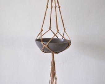 Josephine macramé planthanger, jute macrame, jute plant hanger, jute hanger, macrame knots, bohemian homedecor, jute rope, hanging plant