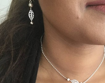 Leaves Earrings with Silver Beads and Swarovski Crystals - Sterling Silver