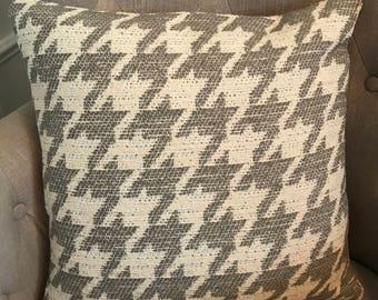 Decorative Jacquard Houndstooth Throw Pillow Cover