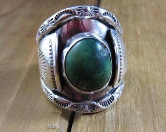 Vintage Turquoise Ring Size 8 1/2 8.5 Native American Southwest Handmade Hammered Artisan Bespoke 14.4 Grams
