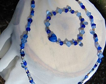 Blue glass bead necklace and bracelet set