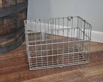 Vintage Collapsable Wire Crate