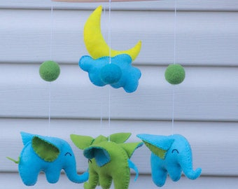 Baby mobile Elephant mobile, elephant baby mobile, unisex baby mobile, blue green elephant mobile, nursery mobile cloud and star mobile