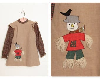 Vintage 1970s Ruth of Carolina Girl's Dress / Daisy Print w/ Scarecrow Appliqué / Size 4