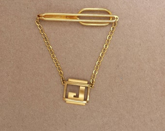 Vintage 1930s SWANK Gold Tone Tie Chain with J Letter Initial Pendant