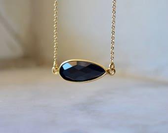 Black onyx necklace, black onyx bar necklace, onyx necklace, gold bar necklace, black gemstone necklace