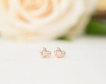 Diamond Heart stud earrings, tiny diamond earrings, 14k yellow gold, rose gold, white gold, solid gold diamond heart earrings, hea-e102-dia